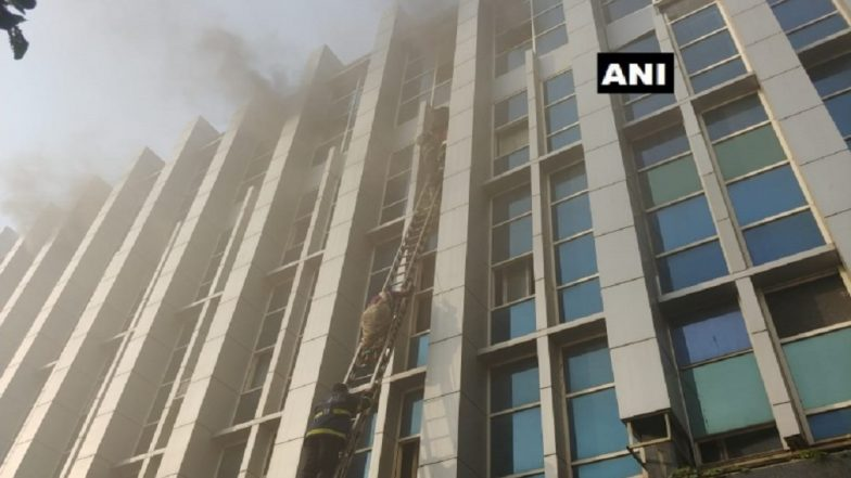 Mumbai Fire: Swiggy Delivery Boy Hailed on Social Media For Joining Rescue Operations at Andheri Hospital, Saving 10 Lives