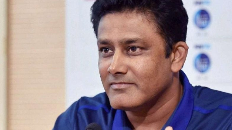 Anil Kumble Once Again Delights A Fan With In Flight Selfie See Pic