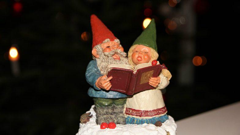 Christmas 2018 Carols: Classic Xmas Carols With Lyrics That Will Bring Joy to Your World This Holiday Season (Watch Videos)
