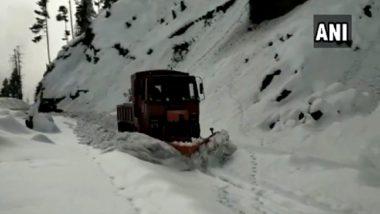 Jammu-Srinagar Highway Closed After Fresh Snowfall in Banihal