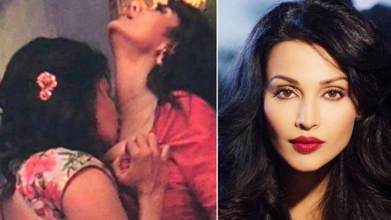 Actress lesbian sex scene photo 306