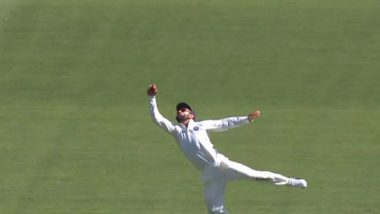 Virat Kohli Catch Video: Indian Captain Takes a Screamer to Dismiss Peter Handscomb During IND vs AUS 2nd Test Day 1