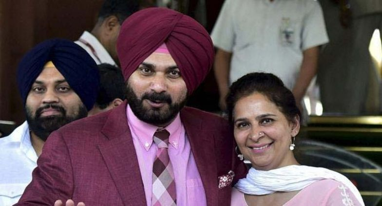 Navjot Kaur 'Rejected' Ticket From Chandigarh? Navjot Sidhu Reiterates Charge, Amarinder Singh Denies