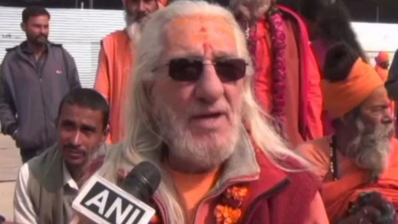 Kumbh Mela 2019: 'French Baba' Aka 'Bhagwan Giri' Grabs Eyeballs in Prayagraj