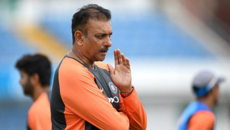 Ravi Shastri Slams Kerry O' Keefe For Canteen Staff Remark For Questioning Mayank Agarwal's Credentials During India vs Australia 2018 (Watch Video)