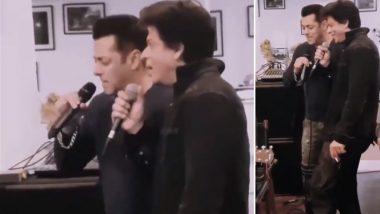 This Throwback Video of Salman Khan and Shah Rukh Khan Singing 'Pyaar Hamein Kis Mod Pe Le Aaya' is Going Viral - Watch Video