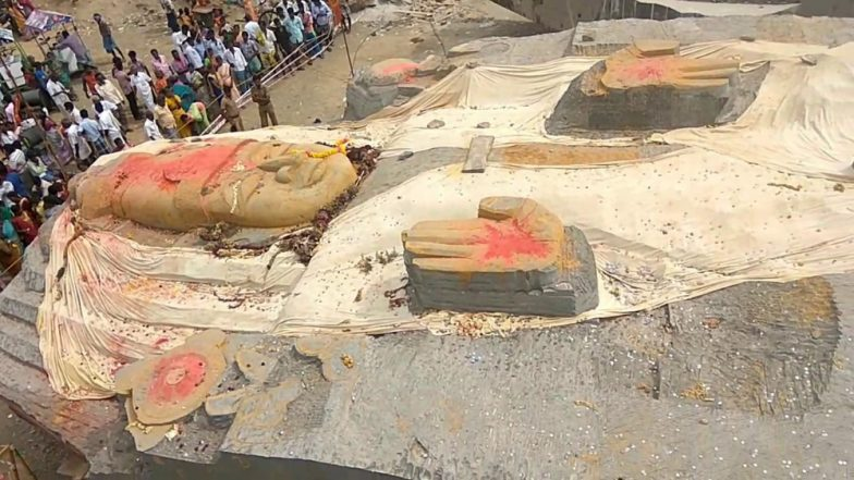 Viswaroopa Mahavishnu Statue, Weighing Over 300 Tonnes Moved 300 Metres in Three Days
