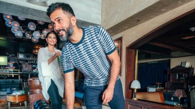 Let's Take a Moment to Appreciate Sonam Kapoor's Husband Anand Ahuja For Being Such a Sweetheart to the Paparazzi