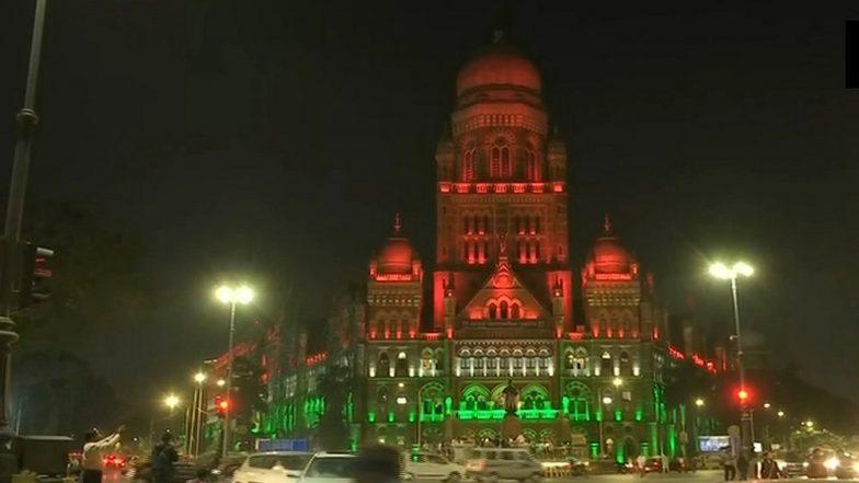 Republic Day 2019 Celebrations: CSMT Building in Mumbai Illuminates in Tricolour; View Pics