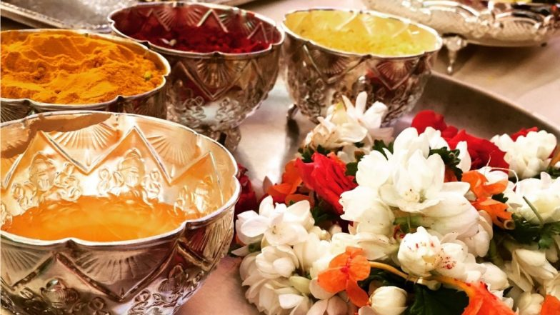 Haldi Kumkum in Makar Sankranti 2019: Know The History and Significance of This Social Gathering of Women