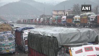 Jammu and Kashmir Traffic Update: Massive Jam on Srinagar-Leh Highway Near Zojila Pass