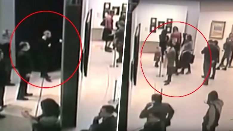 Daylight Robbery! Man Coolly Walks Off With Million-Dollar Painting Right Under Visitors' Noses at Russian Museum (Watch Video)