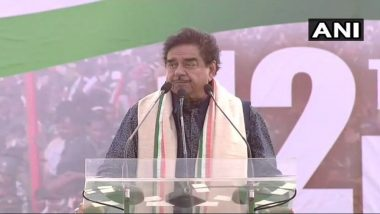 TMC United India Rally: Shatrughan Sinha Targets PM Narendra Modi, Says 'Clarify on Rafale Deal or People Will Say Chowkidar Chor Hai'
