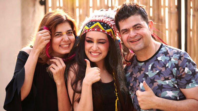 Dabboo Ratnani Calendar 2019: Manisha Ratnani Gives Clarification Over Diet Sabya's 'Cultural Appropriation' Accusation on Shraddha Kapoor's Native American Themed Photo