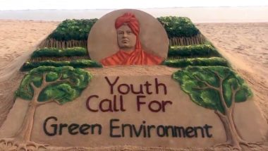 Swami Vivekananda Jayanti 2019: Sand Artist Sudarsan Pattnaik Gives a Message of Greener Environment Through His Beautiful Sand Art, Watch Video