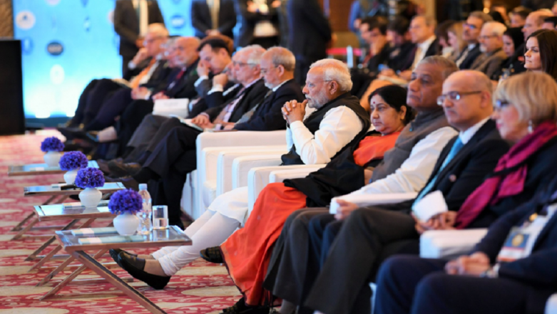 Narendra Modi Holds Talks With Ex-Canadian Prime Minister Stephen Harper on the Sidelines of Raisina Dialogue 2019