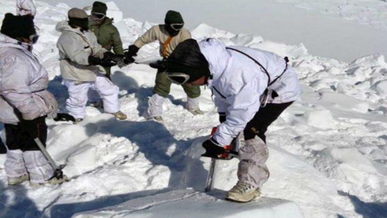 Jammu and Kashmir: 5 Bodies Recovered From Avalanche-Hit Khardung La, Rs. 5 Lakh Announced for Families of Deceased