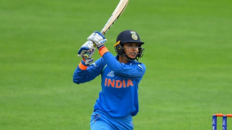 Smriti Mandhana Scores Century During India vs New Zealand 2019 1st ODI Match; Guides Visitors to Victory; Netizens React