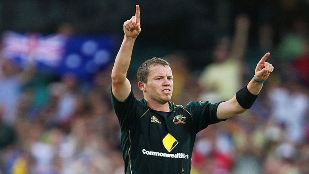Peter Siddle Compares AB De Villiers to Glenn Maxwell