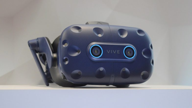CES 2019: HTC Unveils New Vive Pro Eye, Vive Cosmos VR Headsets at Trade Show