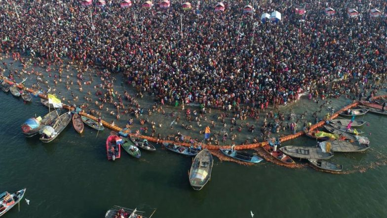 Kumbh 2019 Shahi Snan: Nearly 3 Crore Take Holy Dip on The Occasion of Basant Panchami in Prayagraj; See Pics