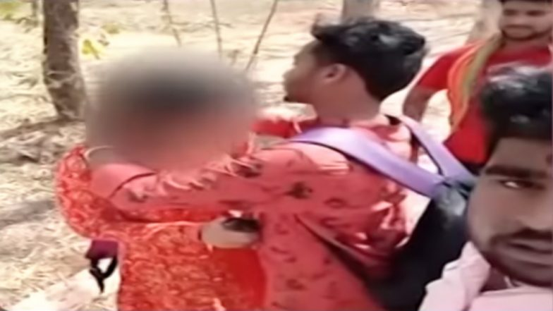 Valentine's Day 2019: Bajrang Dal Activists Forced Couple to Get Married in Hyderabad, Watch Video