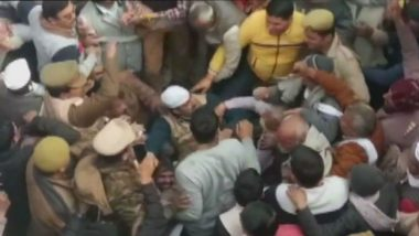 UP: Farmers Attempt Mass Suicide Over Pending Sugarcane Dues, Cops Resort to Lathicharge