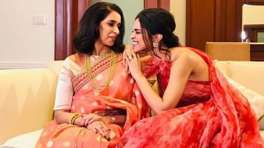 Deepika Padukone and Ujjala Make for a Super Cute Mother Daughter Duo in This Latest Pic