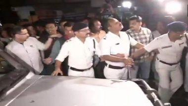 CBI Team Detained by Kolkata Police Outside Commissioner Rajiv Kumar's Residence; Officials Taken to Custody