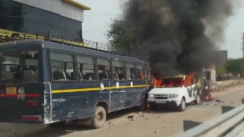Gujjar Quota Stir in Rajasthan: Protest Turns Violent as Agitators Open Fire, Set Ablaze Police Vehicles
