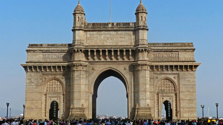 Mumbai Winters: Mumbaikars Left Shivering In The Afternoon on February 8, Wondering if it's the Coldest Day This Season!