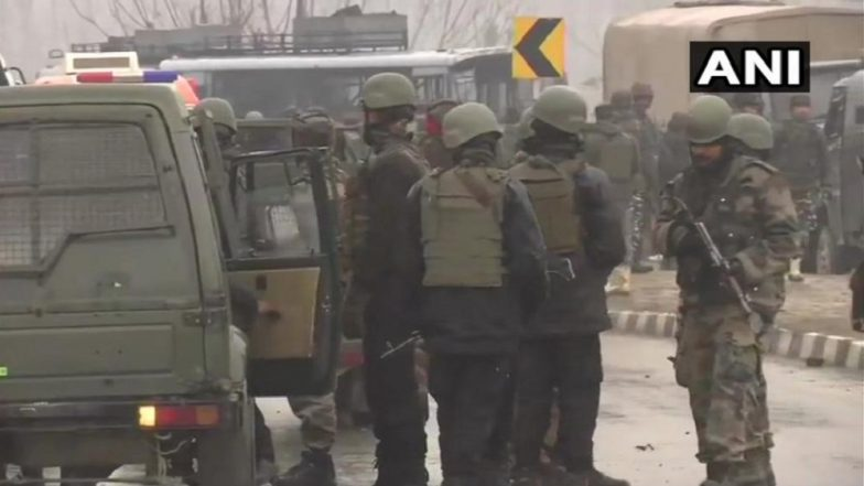 Jammu and Kashmir: 18 CRPF Personnel Killed in IED Blast on Srinagar-Jammu Highway in Pulwama, Jaish-E-Mohammed Claims Responsibility