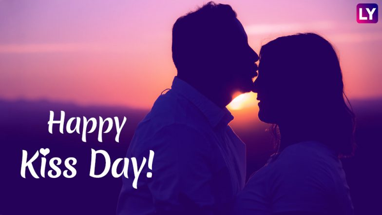 Happy Kiss Day 2019 Wishes & Romantic Messages: SMS, WhatsApp Stickers, Sensual GIF Images and Greetings to Send This Valentine Week