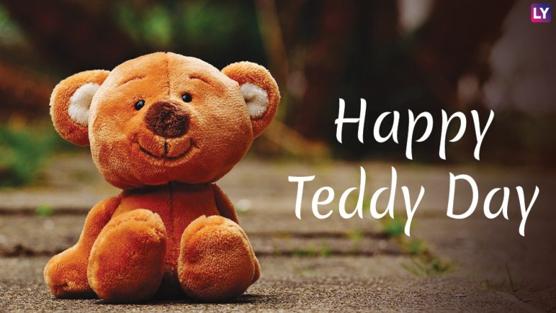 Valentine's Day 2019 Images and Teddy Day HD Wallpapers: Cute WhatsApp Stickers, GIF Video Greetings, Instagram Photos to Wish Happy Teddy Day