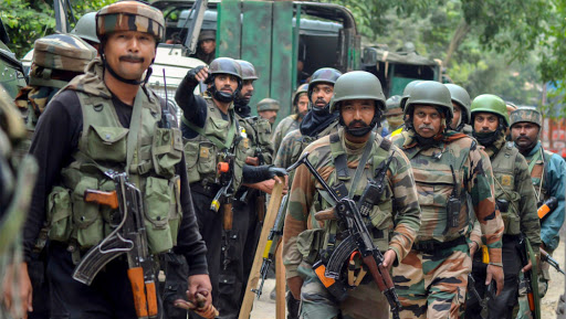 Jammu and Kashmir: Security Forces Launch Search Operation in Pulwama's Tumluhal Village to Trace Hiding Terrorists