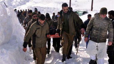 Jammu & Kashmir: 12 killed, Including 5 Policemen After Season's Heaviest Snowfall