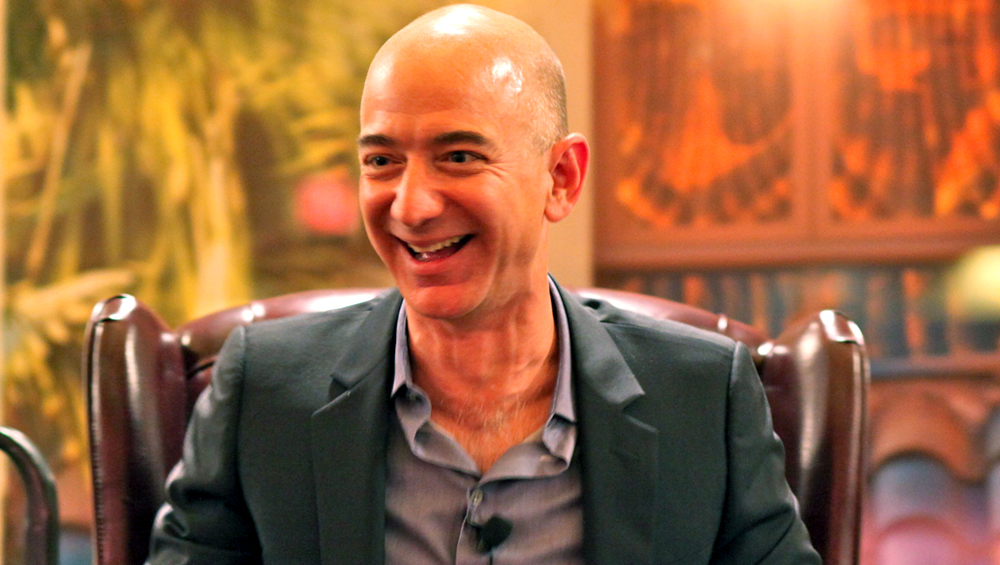 Jeff Bezos India Visit: Several Small Traders Across 300 Cities Plan Protests Against Amazon Over Discount