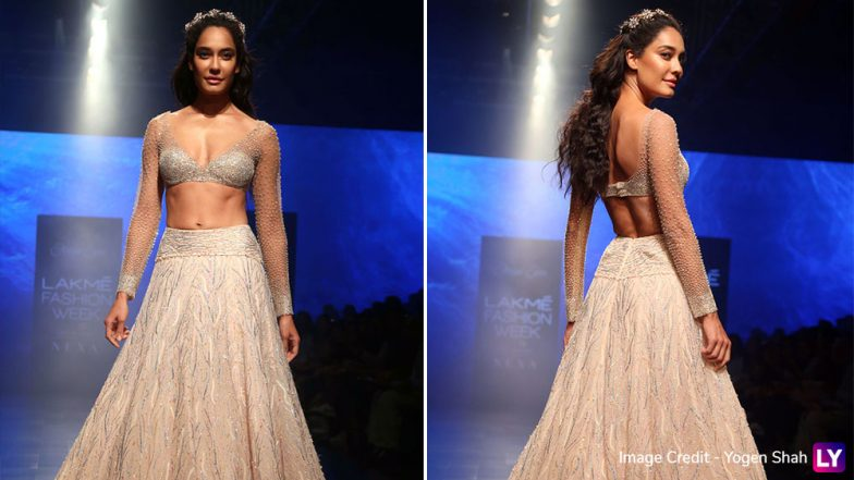 Lakme Fashion Week 2019 Day 5: Lisa Haydon Looks Like an Enchanting Princess as Shriya Som's Show-Stopper (View Pics)