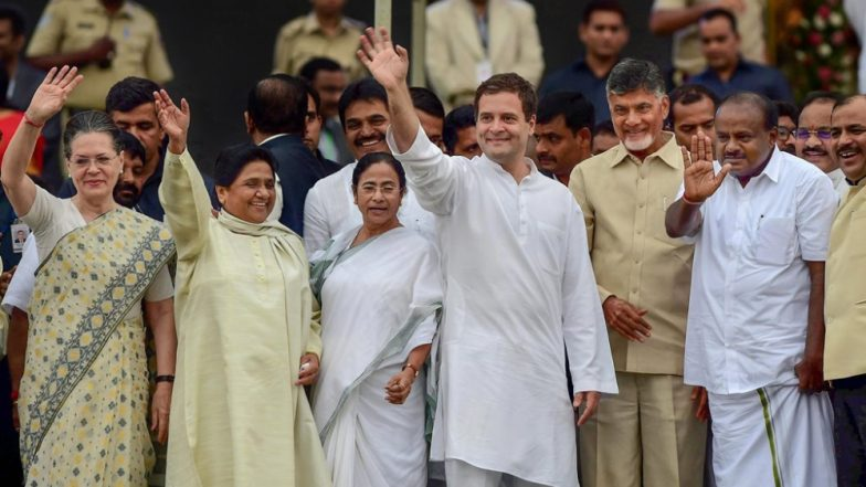 Grand Alliance in Making Ahead of Lok Sabha Elections 2019? Mamata Banerjee Hints at Pre-Poll Alliance as Opposition Leaders Meet For Third Time in a Month