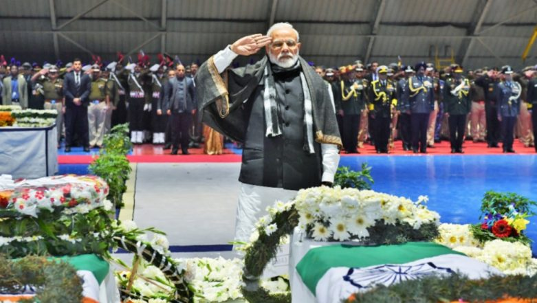 CRPF Jawans Wreath-Laying Ceremony: PM Narendra Modi, Rajnath Singh, Nirmala Sitharaman, Rahul Gandhi and Others Pay Last Respect to 40 Martyred Bravehearts of Pulwama Terror Attack in Delhi