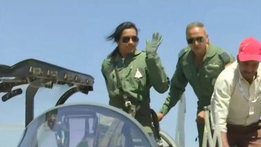 Aero India 2019: PV Sindhu Flies LCA Tejas at Bengaluru Air Show (See Pics)