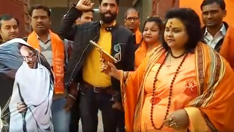 Hindu Mahasabha National Secretary Pooja Pandey, Husband Arrested for Recreating Mahatma Gandhi's Assassination in Aligarh