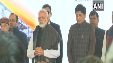 Pulwama Attack: Prime Minister Narendra Modi Pays Tribute to 40 CRPF Personnel Killed in Suicide Car Bombing, Watch Video