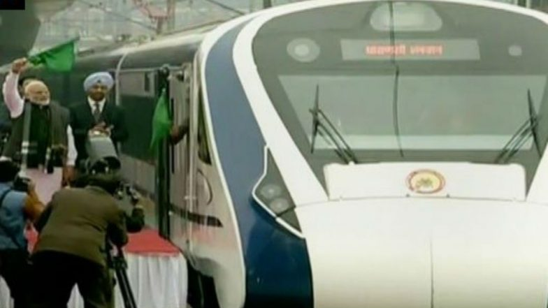 Vande Bharat Express Reports Problem of 'Skidding Wheels' After Running Over Cattle a Day Before First Commercial Journey