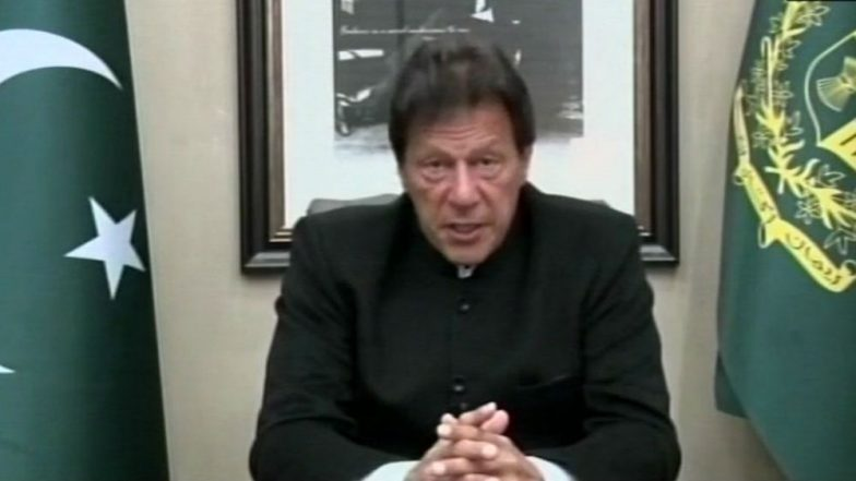 Imran Khan Reacts to Pulwama Terror Attack, Says 'If India Opens War Front, Pakistan Will Retaliate'