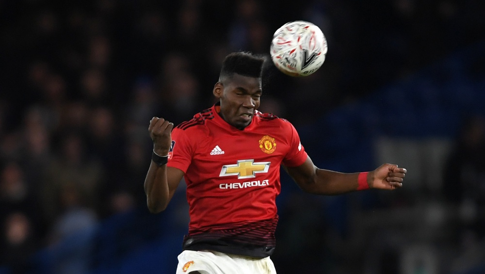 Paul Pogba to Move to Real Madrid? Manchester United Footballer Meets Zinedine Zidane in Dubai (See Pic)