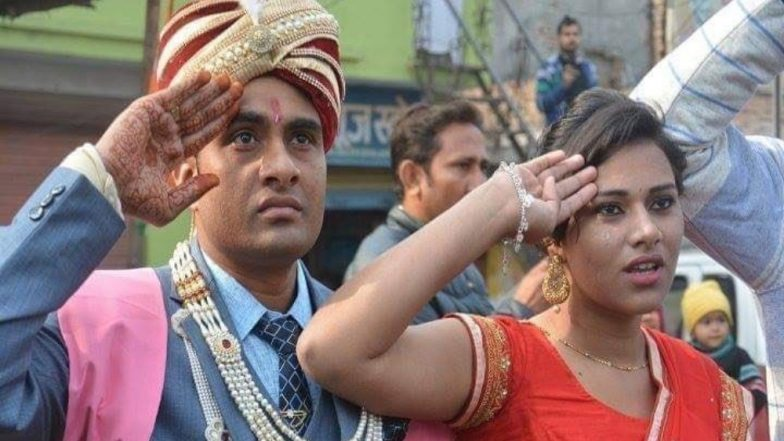 Meerut Bridegroom Stops Baraat And Dismounts Horse to Salute Martyr Sepoy Ajay Kumar's Funeral Procession (See Pic)