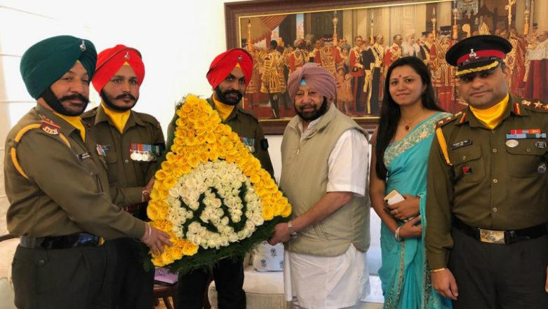 Punjab Chief Minister Amarinder Singh Turns 77-Year-Old; Meets Officers, JCOs on Birthday