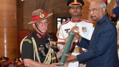 President Ram Nath Kovind Presents Gallantry Awards 2019 to Defence Personnel; Indian Army Chief General Bipin Rawat Receives Param Vishisht Seva Medal