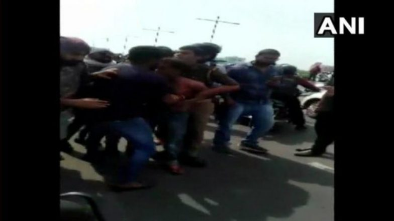 Lucknow: Girl Jumps from Auto to Resist Molestation Attempt by Driver